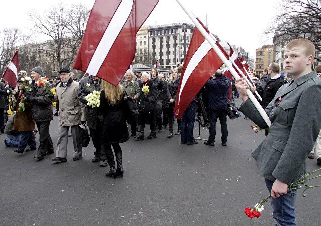 Marcia dei veterani della Waffen-SS a Riga.