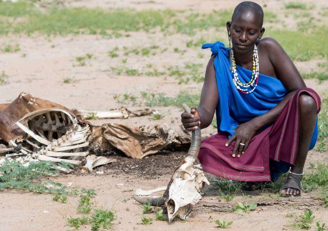 Povertà e siccità in Africa