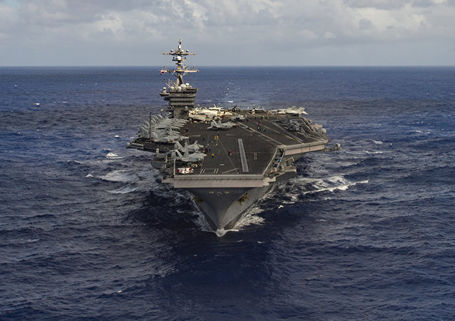 The aircraft carrier USS Carl Vinson (CVN 70) transits the Pacific Ocean January 30, 2017
