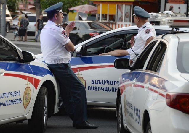 Poliziotti armeni (foto d'archivio)