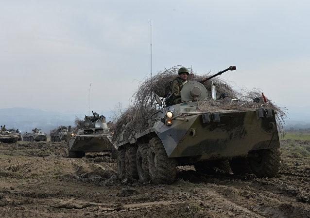 BTR-82A mezzo di trasporto della fanteria