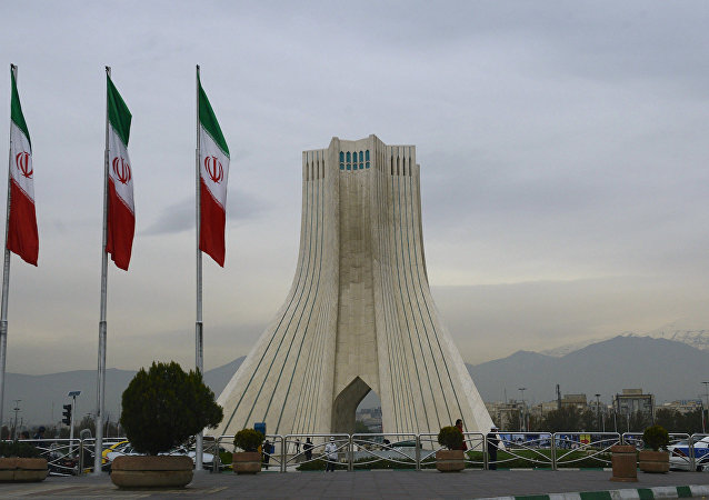 Bandiere iraniane a Teheran