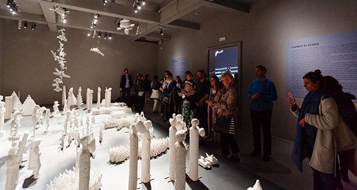 Un'installazione del padiglione russo alla Biennale