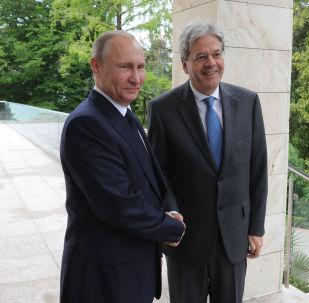 incontro tra Vladimir Putin e Paolo Gentiloni