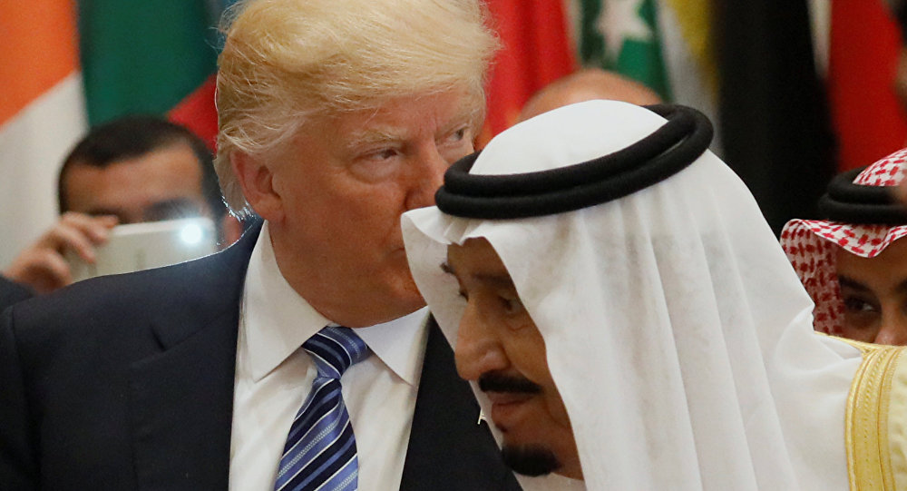 Il presidente USA Donald Trump con il re dell'Arabia Saudita Salman bin Abdulaziz Al Saud