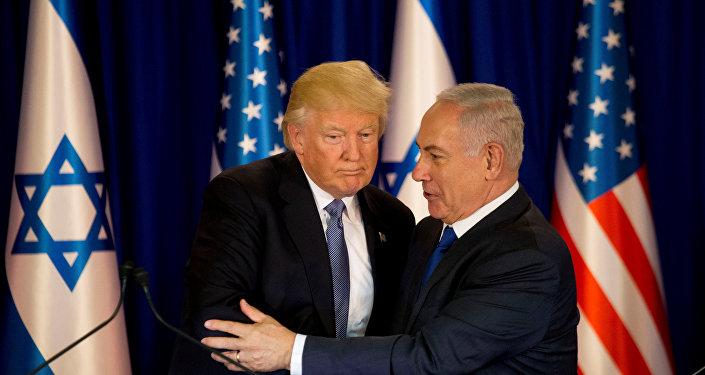Donald Trump e Benjamin Netanyahu (foto d'archivio)