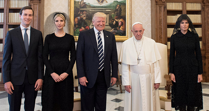 L'incontro tra Donald Trump e Papa Francesco