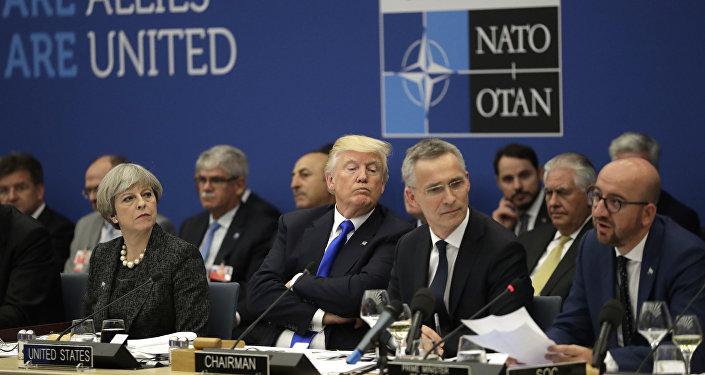 Donald Trump al vertice NATO (foto d'archivio)
