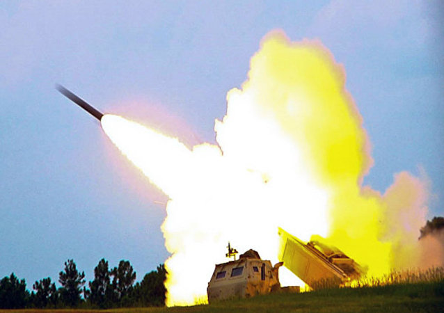 M142 High Mobility Artillery Rocket System (HIMARS), lanciarazzi multiplo