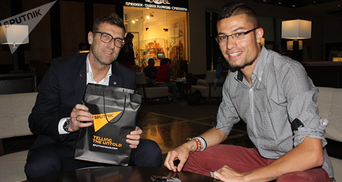 Massimo Carrera intervistato in esclusiva da Sputnik Italia