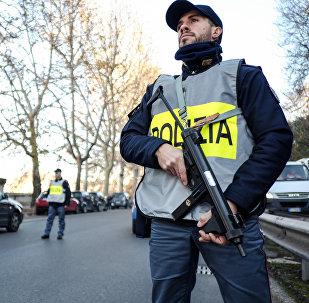 Agente di polizia a Roma
