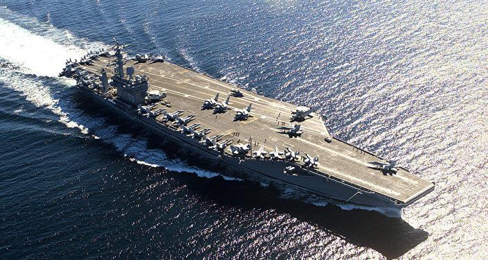 La portaerei USA Nimitz