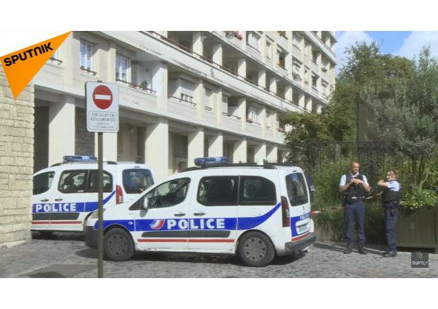 La situazione a Levallois-Perret, nei pressi di Parigi, dopo che un gruppo di militari è stato investito.