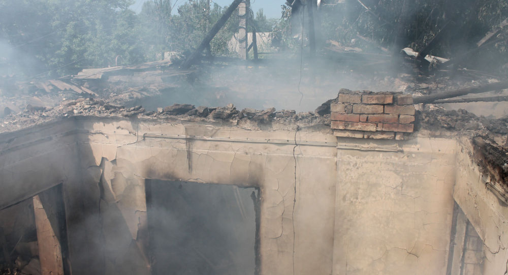 Casa distrutta nel Donbass (foto d'archivio)