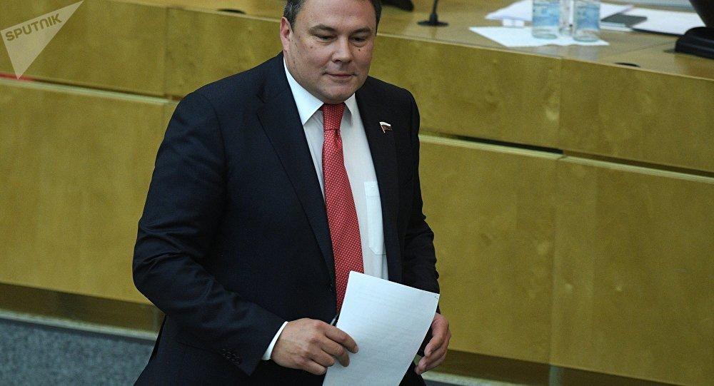 Il vicepresidente della Duma Petr Tolstoy