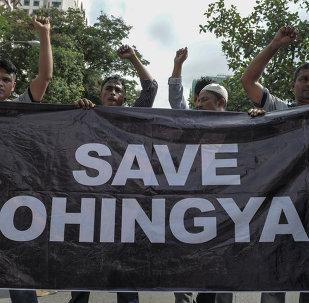 Rifugiati Rohingya ad una manifestazione di protesta davanti all'ambasciata del Myanmar in Malesia nel maggio del 2015