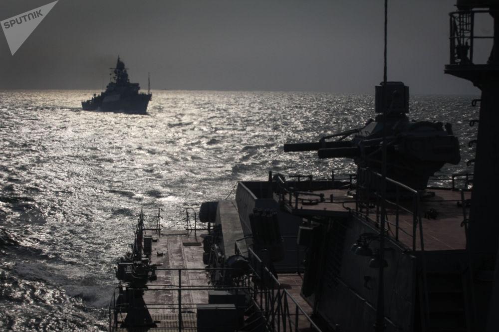 Le esercitazioni della flotta del mar Caspio