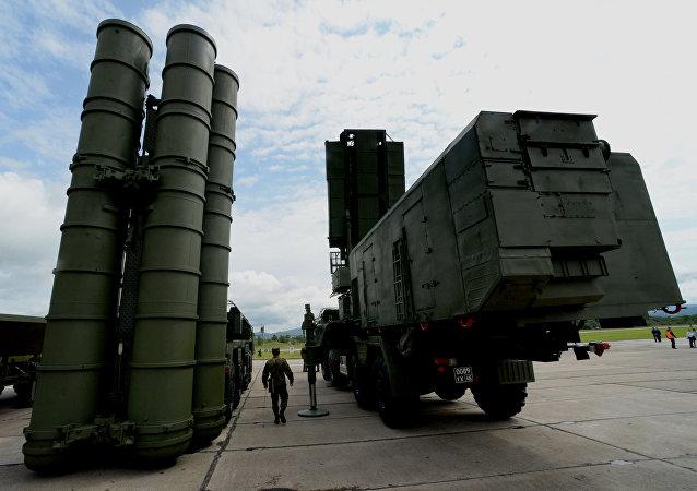 Sistema missilistico di difesa aerea S-400