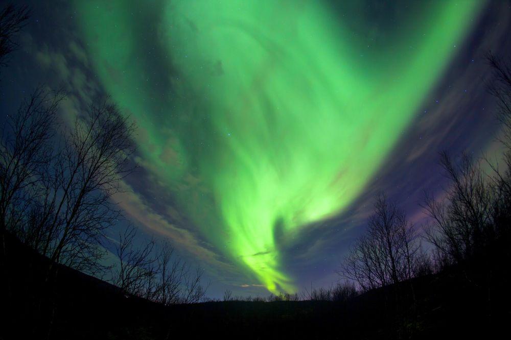 L'aurora boreale nei pressi della città russa di Murmansk.