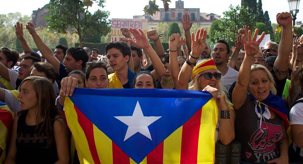 Proteste contro il governo spagnolo a Barcellona