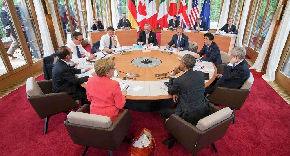 Al vertice del G7