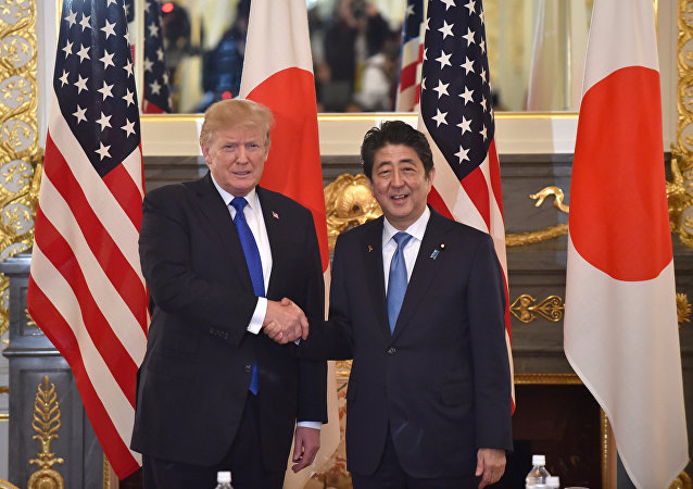 Donald Trump e Shinzo Abe