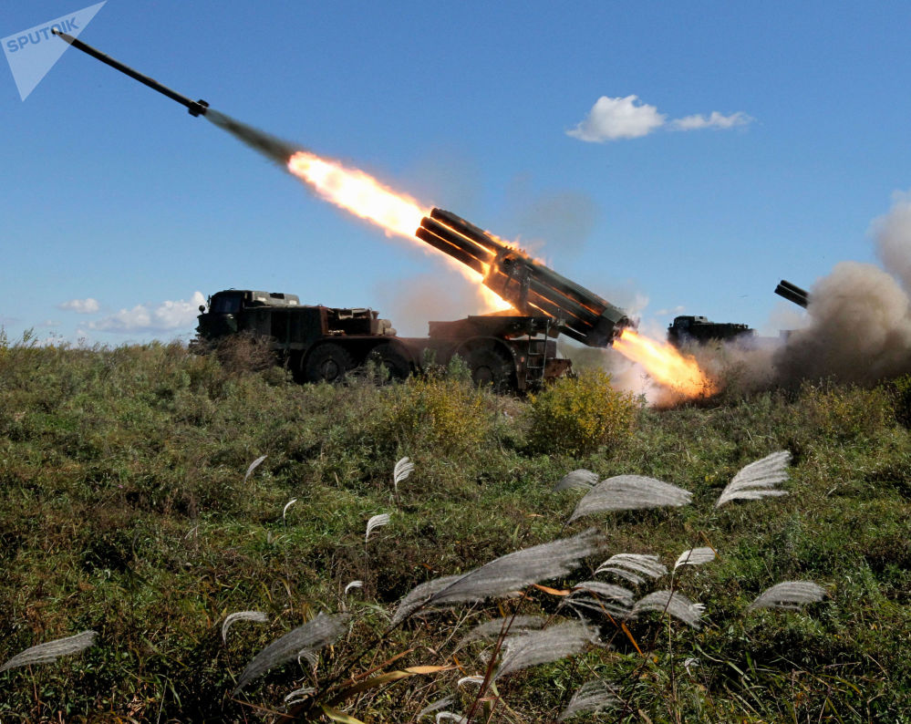Il lanciarazzi multiplo BM-27 Uragan.