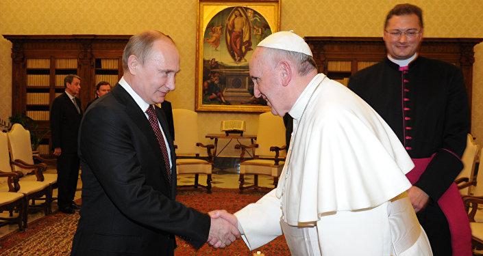 Putin e Papa Francesco