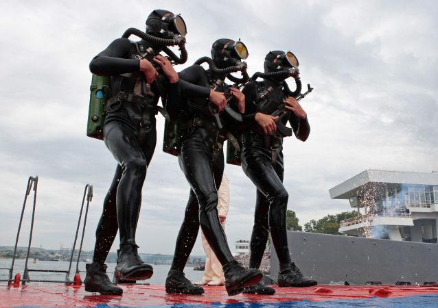 Морская пехота Черноморского флота России на праздновании Дня Военно-морского флота России