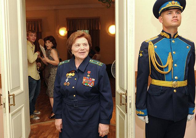 La pilota Marina Popovich