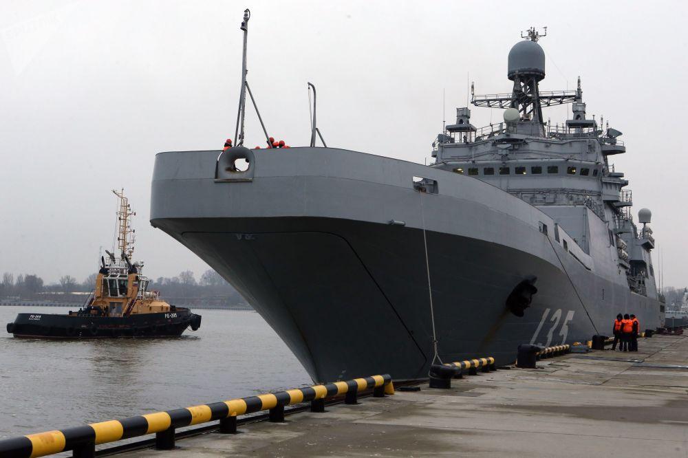 La grande nave da sbarco Ivan Gren