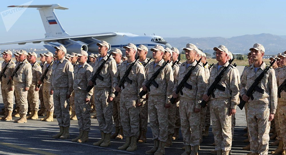 Soldati russi nella base militare di Khmeimim in Siria