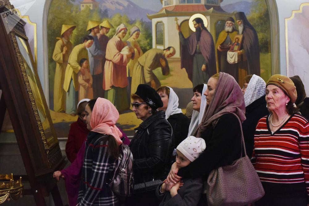La veglia di Natale nella Cattedrale di Aleksandr Nevskij a Sinferopoli.
