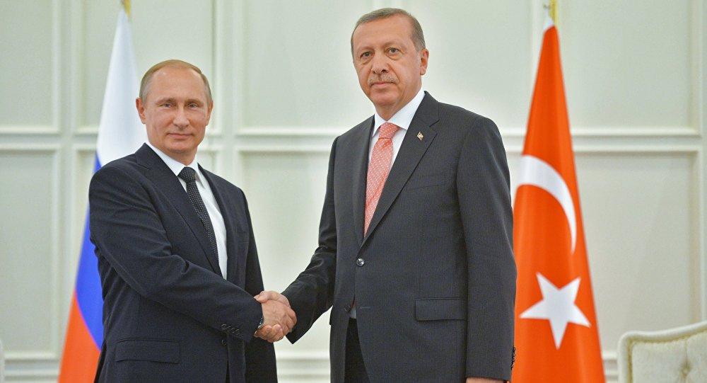 Presidente russo Vladimir Putin e presidente turco Recep Tayyip Erdogan (foto d'archivio)