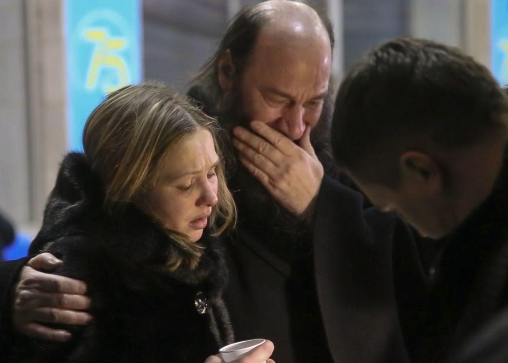 Gli amici e parenti delle vittime.