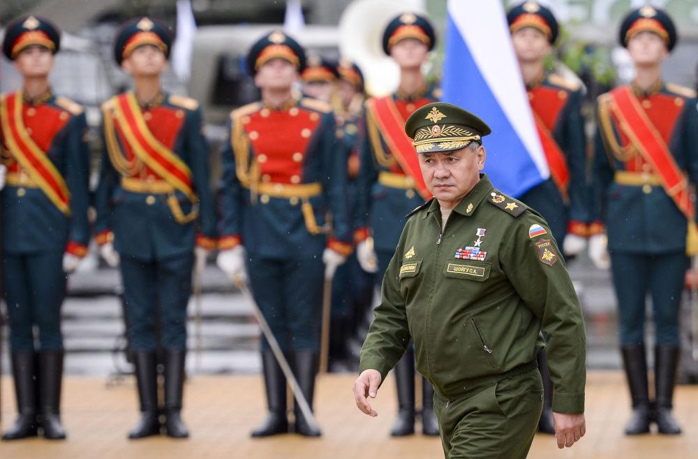 Ministro della difesa russo Serghej Sciojgu all'inaugurazione del Forum internazionale tecnico-militare Armija-2015.