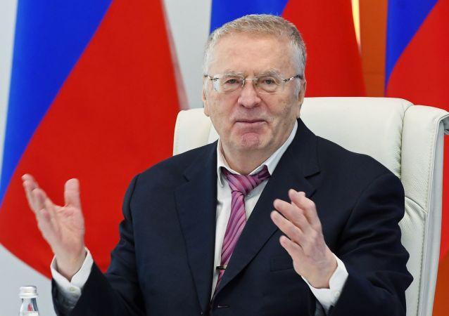 Il candidato alla presidenza, Vladimir Zhirinovsky, leader del Partito Liberal-Democratico di Russia (LDPR)