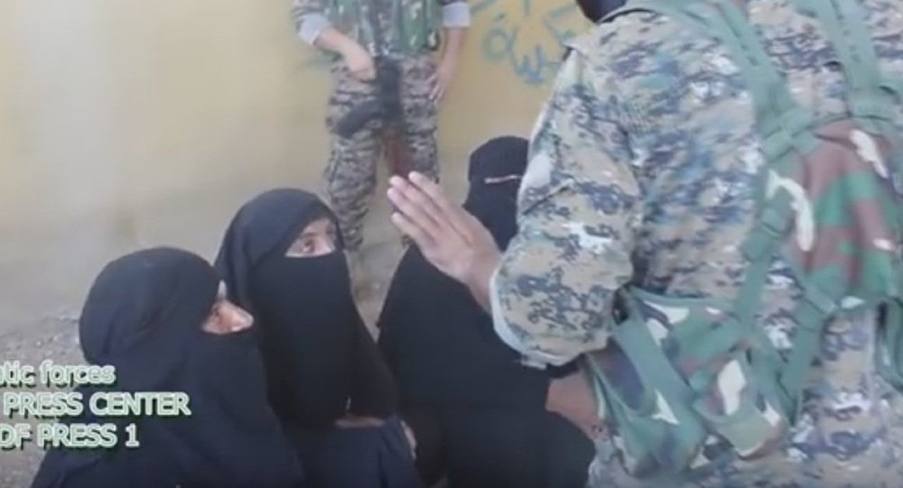 Donne di Daesh