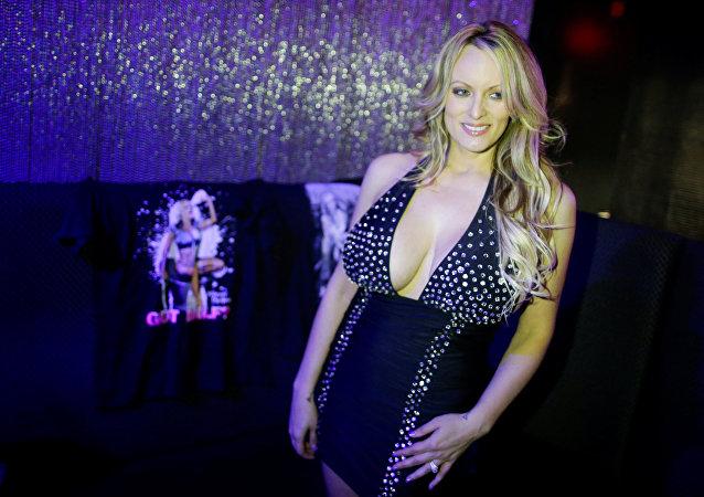 L'attrice pornografica Stormy Daniels