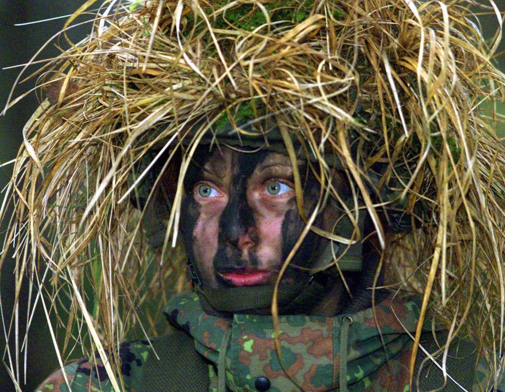 Una donna soldato dell'esercito tedesco.