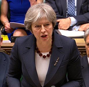 Theresa May interviene al Parlamento (foto d'archivio)