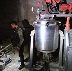 Laboratorio degli insorti siriani per le armi chimiche a Douma