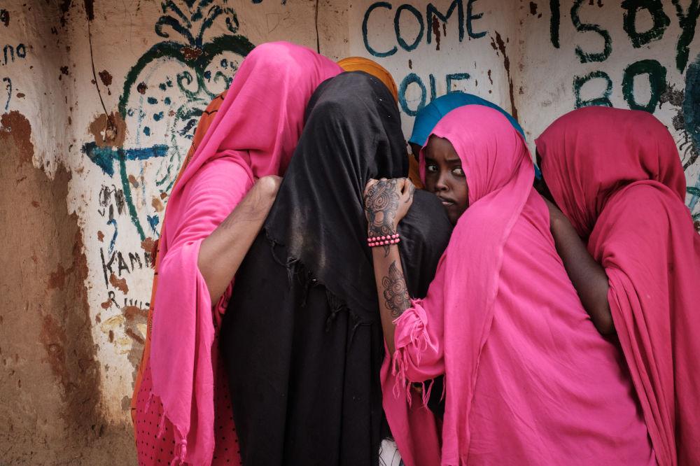 Le donne somale al centro per i rifugiari Dadaab in Kenia.