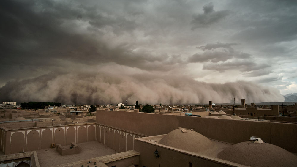 Una tempesta di sabbia a Yazd, Iran.