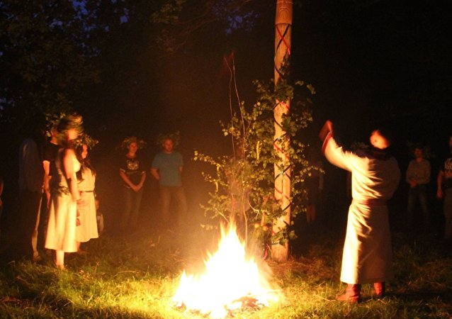 Polonia: rito pagano per gli dei slavi