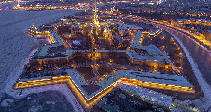 Veduta aerea della Fortezza dei Santi Pietro e Paolo a San Pietroburgo