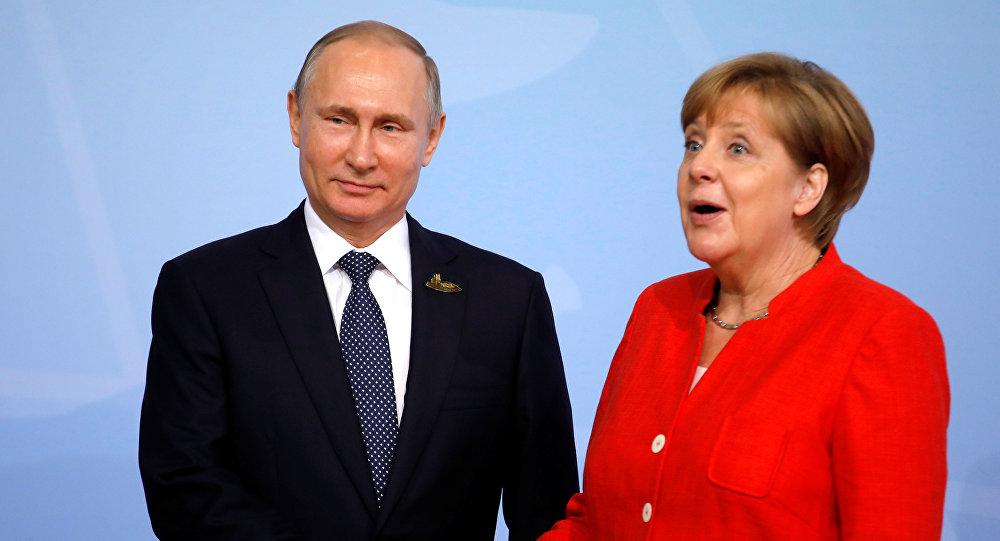 Berlino, vertice tra Merkel e Putin