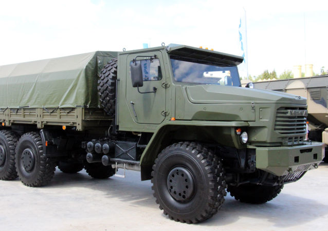 camion Tornado-U