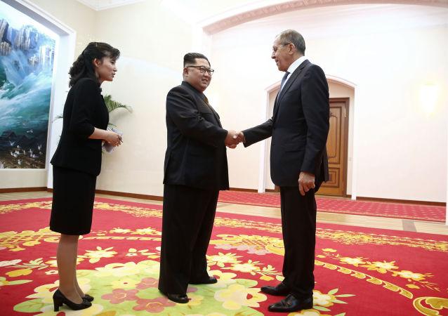 Lavrov e Kim Jong-un