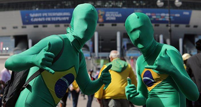 Tifosi brasiliani a San Pietroburgo, prima della partita tra Brasile e Costa Rica
